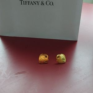 NWOT gold plated  earrings